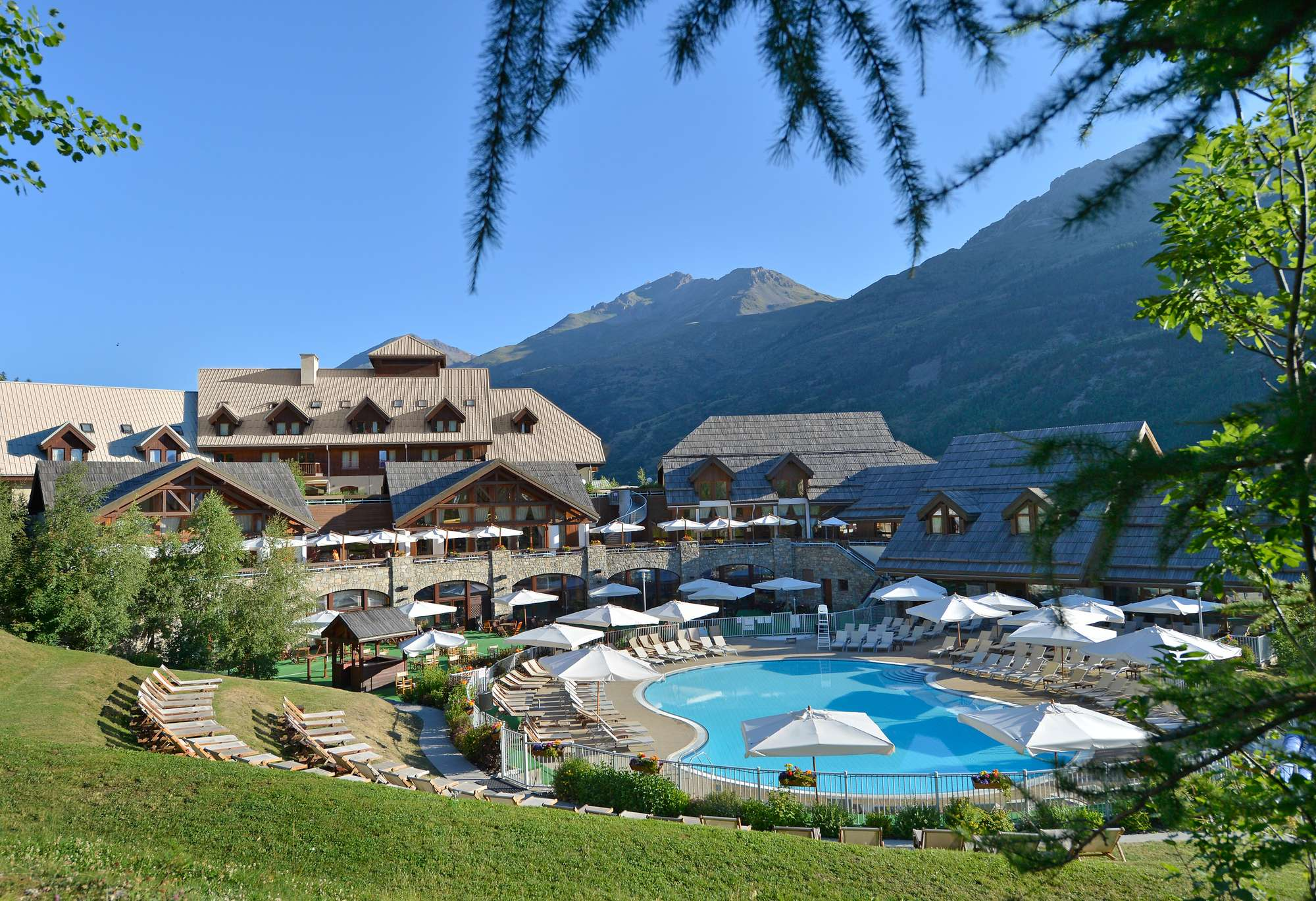https___ns.clubmed.com_dream_RESORTS_3T___4T_Alpes_Serre_Chevalier_84565-8cng2f4onk-swhr